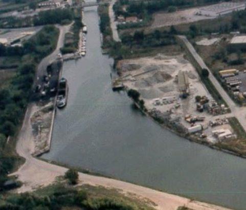 Vue aérienne du canal - Photo Archives municipales