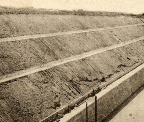Construction canal et tunnel - source Archives Ville de Marignane