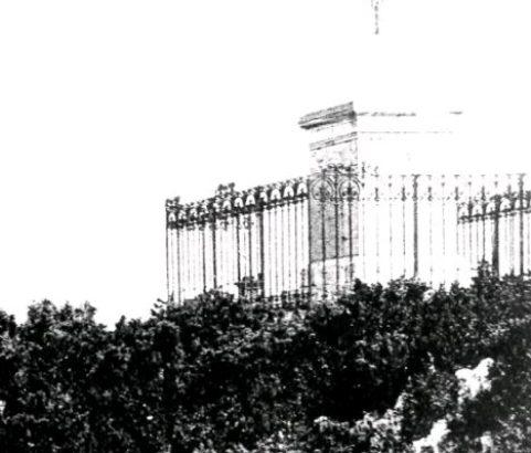 Le calvaire Chapelle ND de Pitié - Carte postale archives municipales
